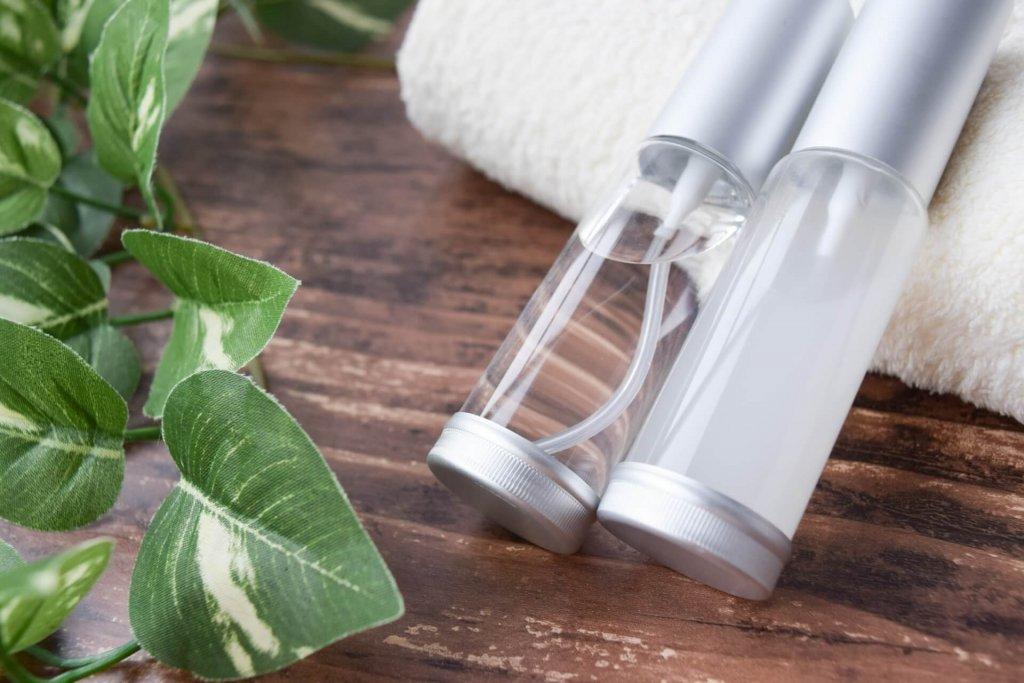 アルコールフリーの化粧水とはどんなもの?アレルギーを防ぐノンアルコスメのススメ