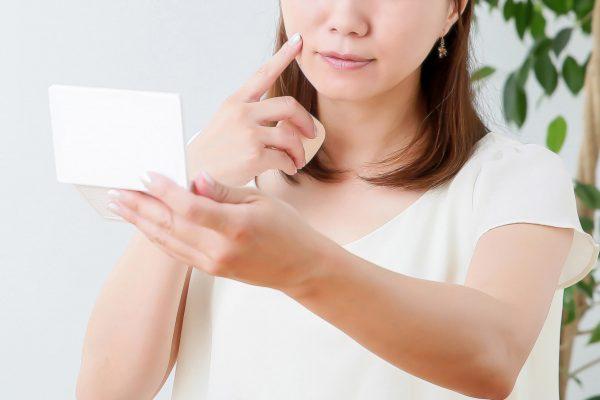 レチノールとはどんなもの?効果や使い方、気になる副作用について徹底解説