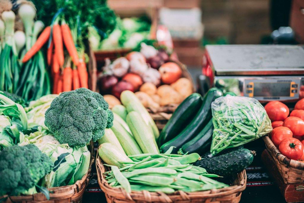野菜不足は本当に美容に影響する?美容におすすめの野菜の栄養成分と効率的な摂り方
