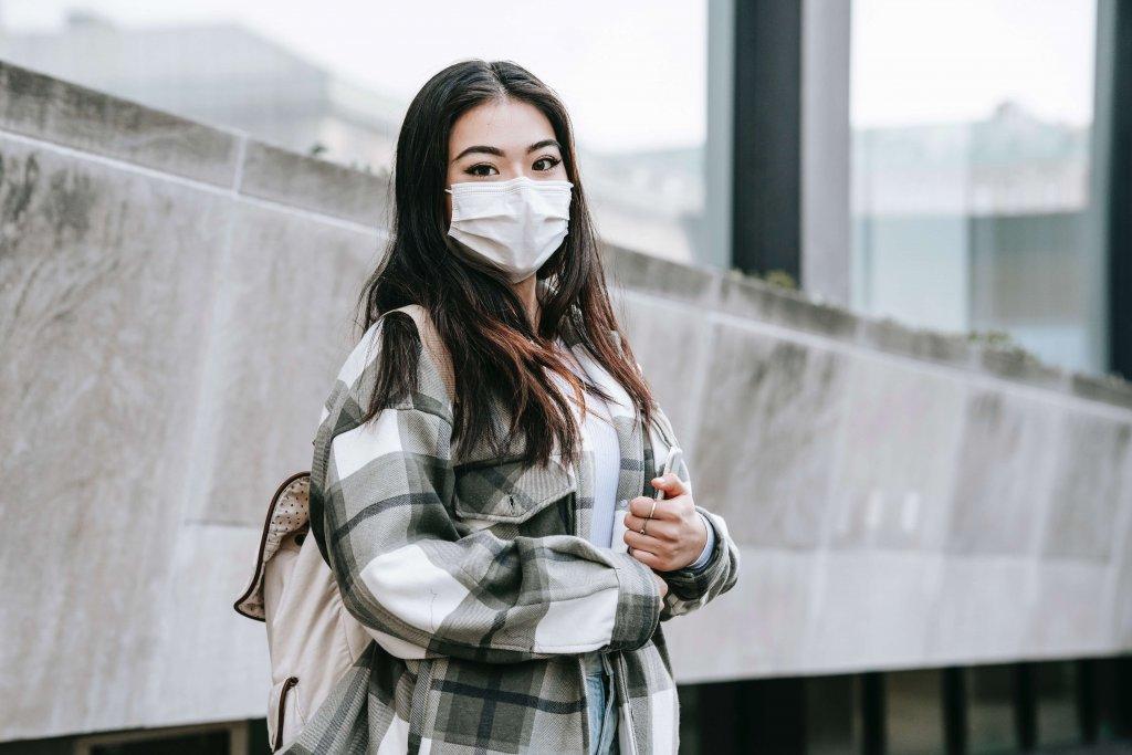 マスクで隠れ皮膚炎が増加中!抗炎症成分で炎症を抑えよう